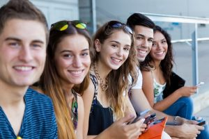 Bijles Beringen (Online) - Studiebegeleiding, Huiswerkbegeleiding, Examentraining Lager/Basisonderwijs, Secundair/Middelbaar (TSO, BSO, KSO & ASO), Hoger & professioneel, Universitair Onderwijs & Volwassenen