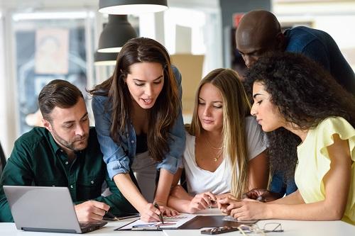 Bijles in Utrecht (Online) - Huiswerkbegeleiding, Examentraining VMBO, HAVO, VWO klas 1, 2, 3, 4, 5, 6, MBO, HBO, WO, Volwassenen