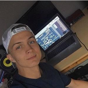 Student Dennis - Bijles, Huiswerkbegeleiding, Examentraining Rekenen, Wiskunde A B C D in Haaksbergen of Online.
